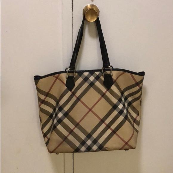 c7e4791748ba Burberry Handbags - Used Burberry tote